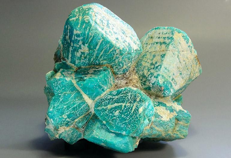 Амазонит камень