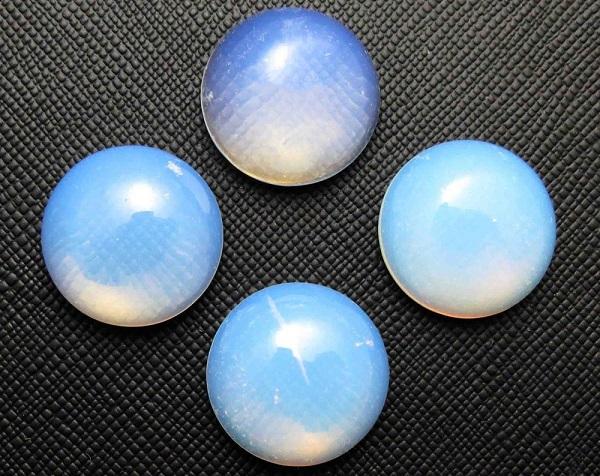Лунный камень и его свойства