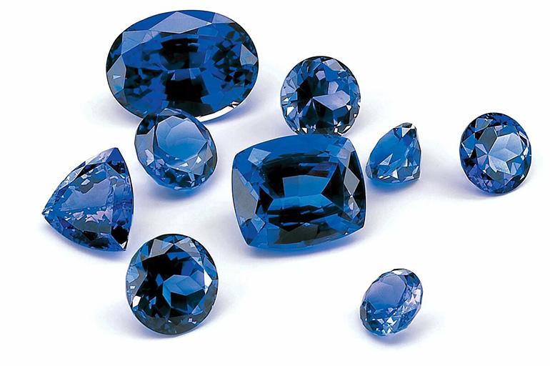 Сапфир свойства камня кому подходит по знаку зодиака